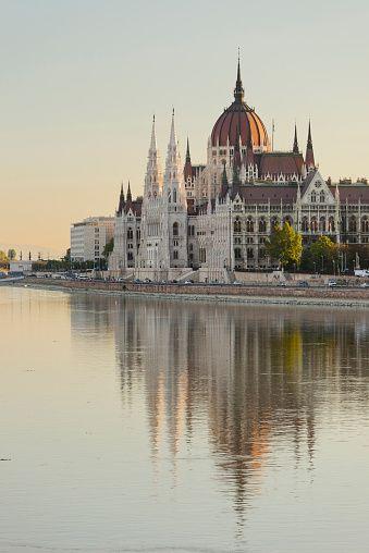 Budapest, j'ai hâte de te visiter                                          …