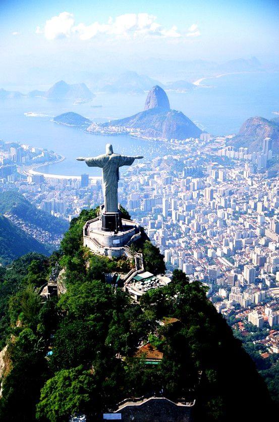 Pays que je rêverai de faire et pourtant toutes les pubs et evenements sur fond…