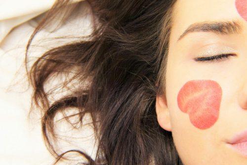 Réaliser des soins du visage pour avoir une meilleure peau