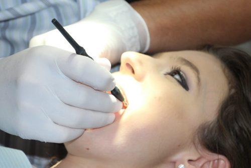 Une urgence dentaire sur Paris ? Agissez vite